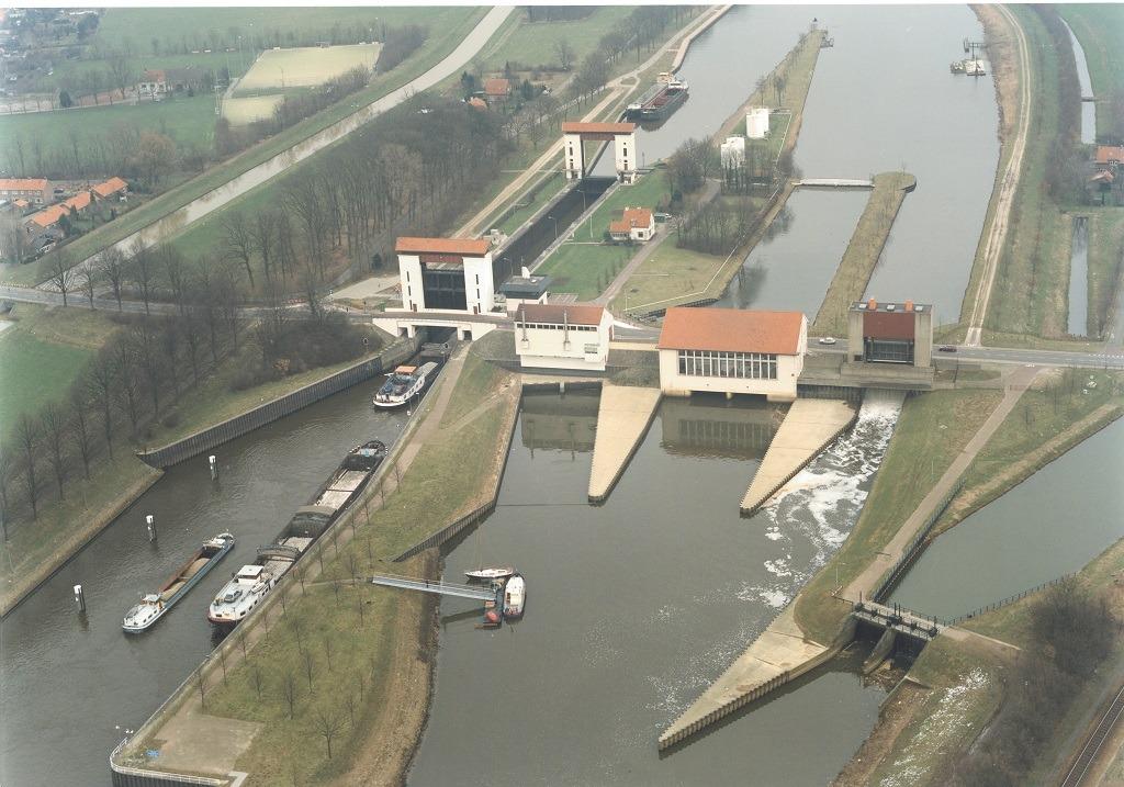 Sluis Eefde Rijkswaterstaat